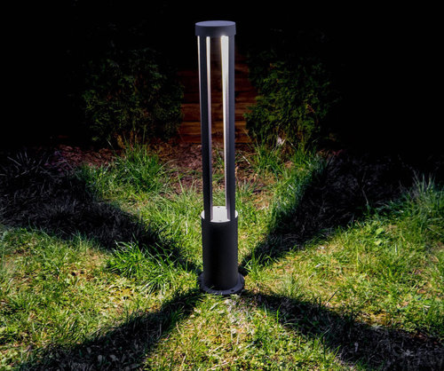 Czarny Metalowy Słupek Ogrodowy LED Windmill Post 80cm 10W 4000K