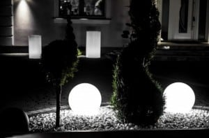 Biała Kula dekoracyjna Ogrodowa - Luna ball 25 cm  small 5