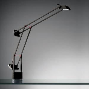 Lampa biurkowa Artemide TIZIO LED czarna 1
