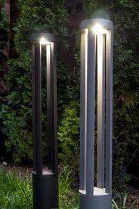 Szary metalowy słupek oświetleniowy LED Windmill Post 80cm 10W 4000K small 9