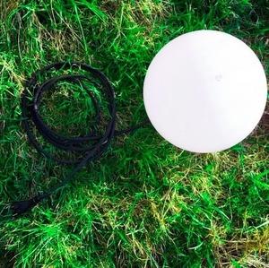 Kula ogrodowa dekoracyjna 30cm Luna Ball wraz z zestawem montażowym small 1