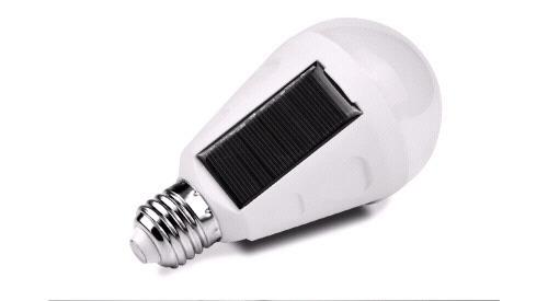 Żarówka solarna 7W E27 z czujnikiem zmierzchowym
