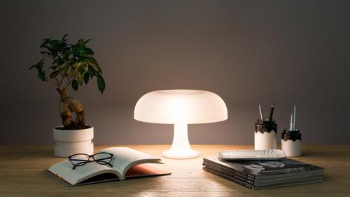 Lampa stołowa Artemide Nessino 0039060A