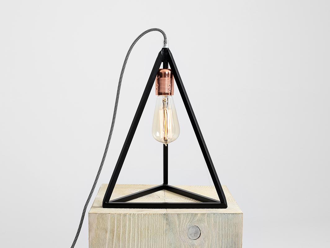 Lampa stołowa TRIMETRIC TABLE