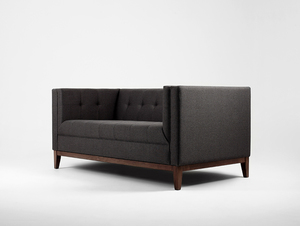 Sofa 2 os. by-TOM small 0