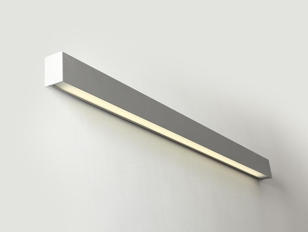 Lampa ścienna LINE WALL LED M - srebrny
