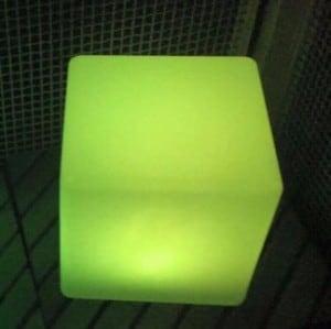 Wodoodporna Lampa Ogrodowa Solarna LED kostka small 2