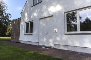 ALICE Wall Architectural Modern Diffuse Light small 1