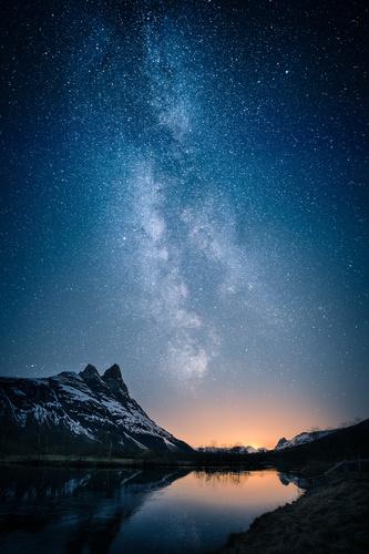 Fototapeta droga mleczna, krajobraz górski, zachód słońca, jezioro