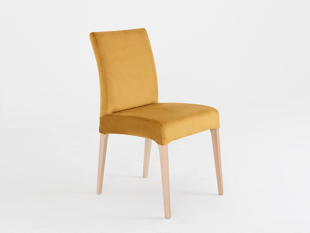 Krzesło tapicerowane DIANA, naturalny buk, marakuja