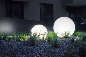 Kule ogrodowe Dekoracyjne - Luna Balls 30, 40, 50cm + Żarówki RGBW z Pilotem  small 10